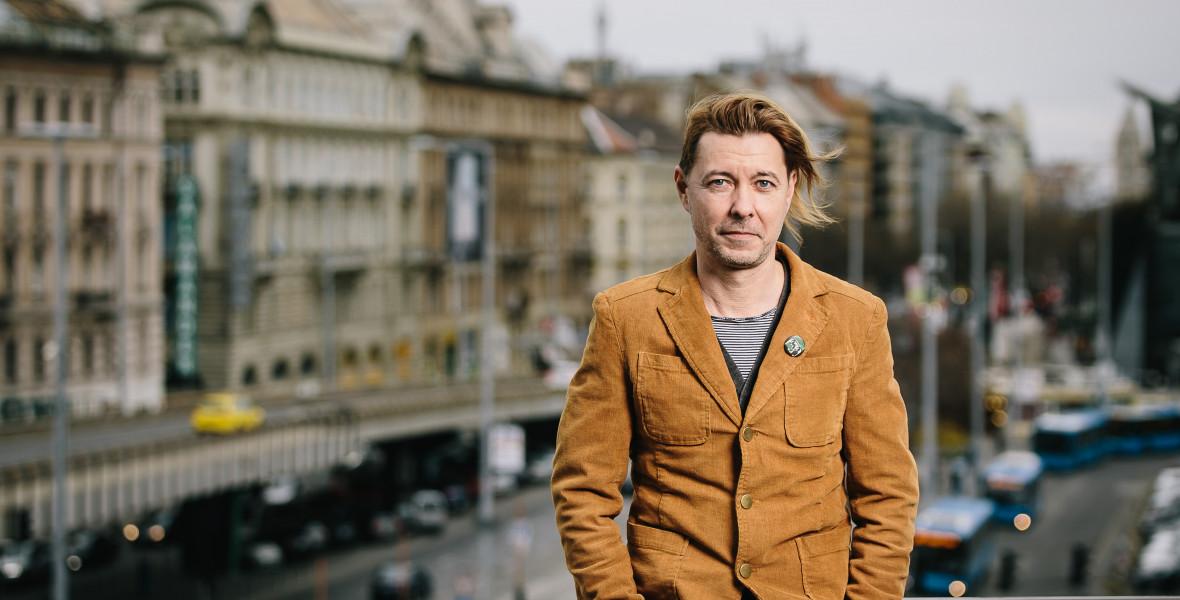 Beck Zoltán: Grecsó a Verával egy prózai életmű tematikus fordulópontjához ért