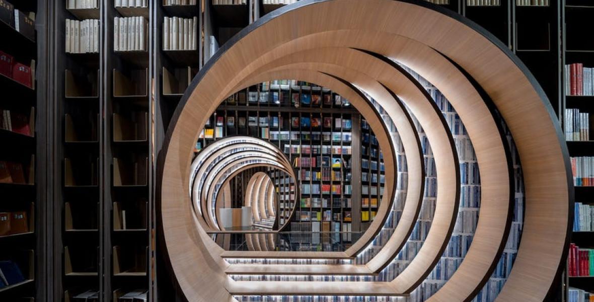 Varázslatos könyvalagutat hoztak létre egy kínai könyvesboltban