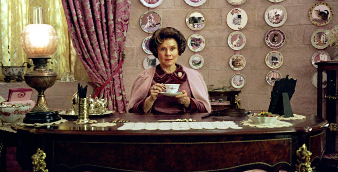 Umbridge-es Harry Potter-idézettel üzennek az SzFE-sek