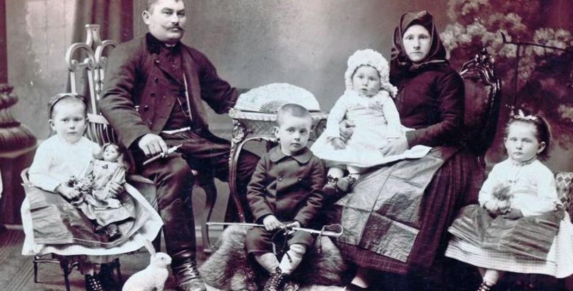 A régi Budaörsöt fedezi fel magának Závada Pál Wandererje