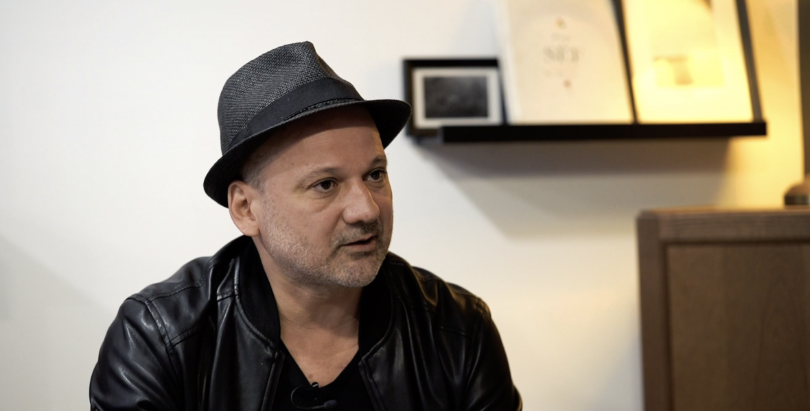 Margó Extra: Thuróczy Szabolcs már színházi emberként csúszott rá az olvasásra