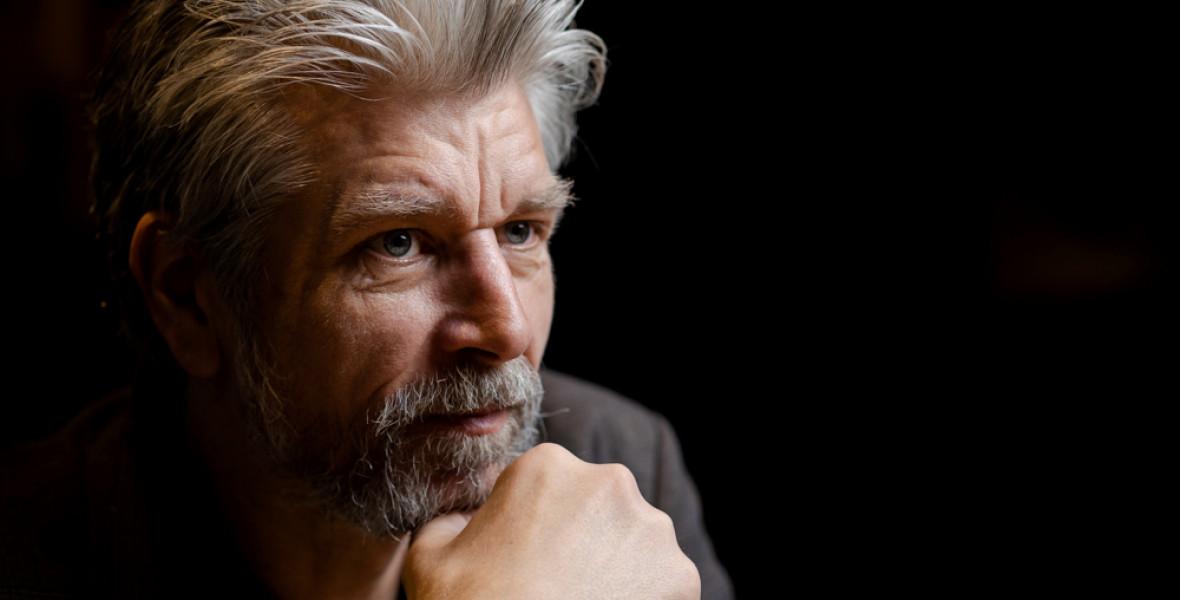 Így küzd meg a fordítója Karl Ove Knausgard regényfolyamával