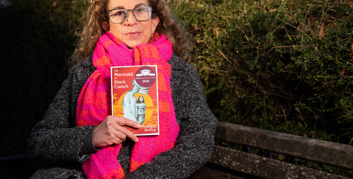 Egy sötét love story nyerte a Costa Év Könyve Díját