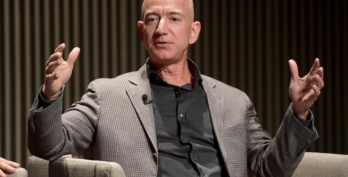 Jeff Bezos távozik az Amazon éléről