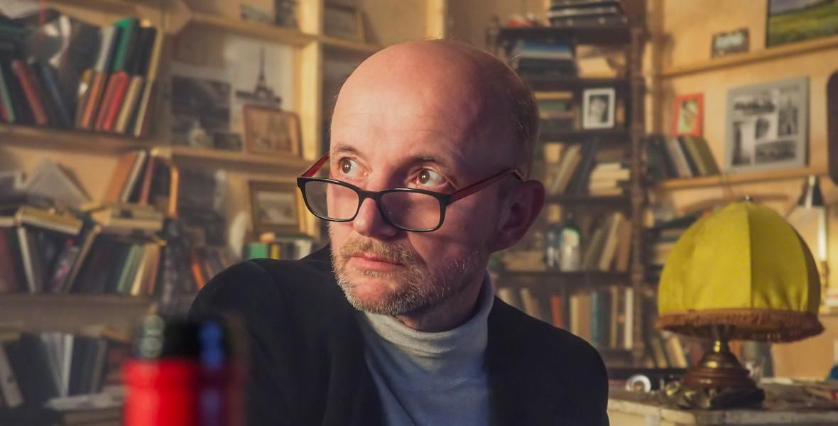 Tárnoki Márk: Háy János Szavalóversenye abszurd, groteszk és gondolatébresztő