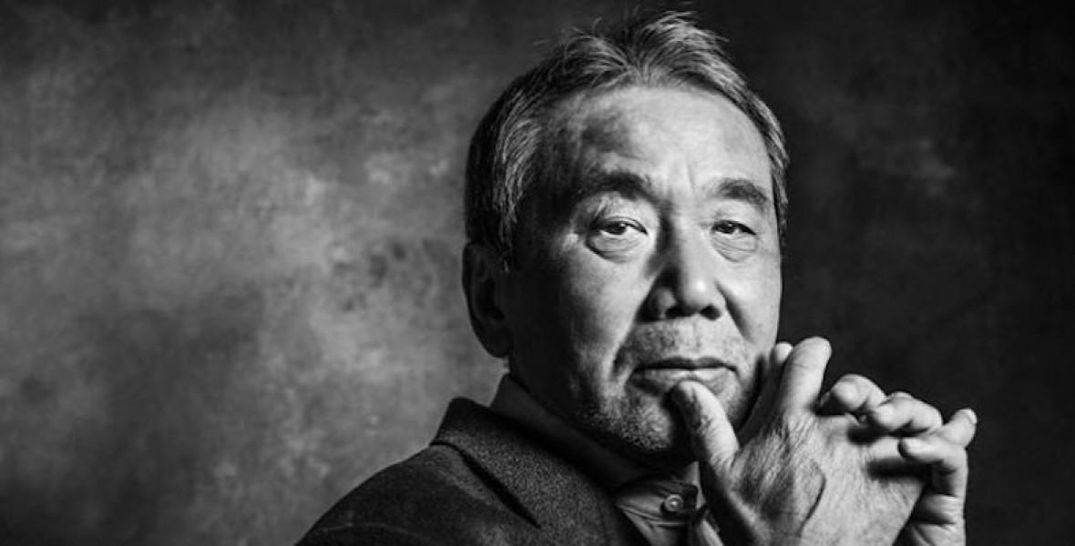 Murakami napi rutinja: kelés négykor, öt-hat óra írás, tíz kilométer futás