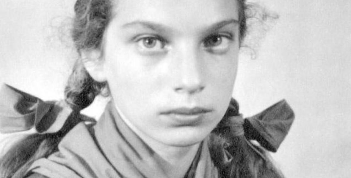 A nácik elől bújtatták a fiatal lányt, később mégis megszakítottak vele minden kapcsolatot