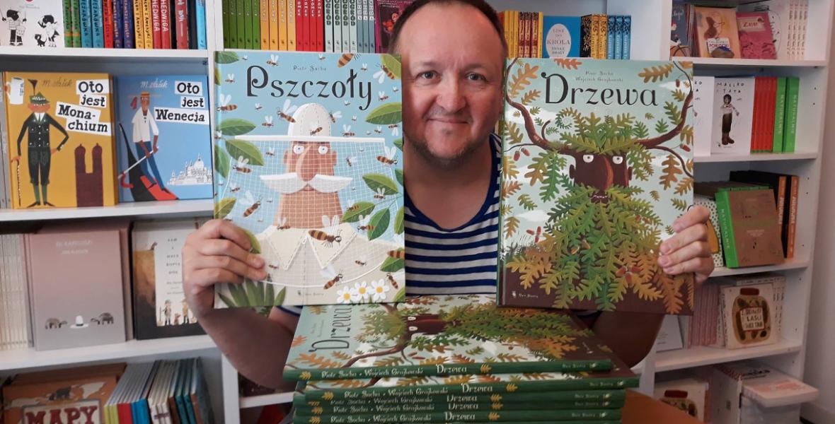 Piotr Socha: Olyan könyvet akarok csinálni, amit nem lehet otthagyni a boltban