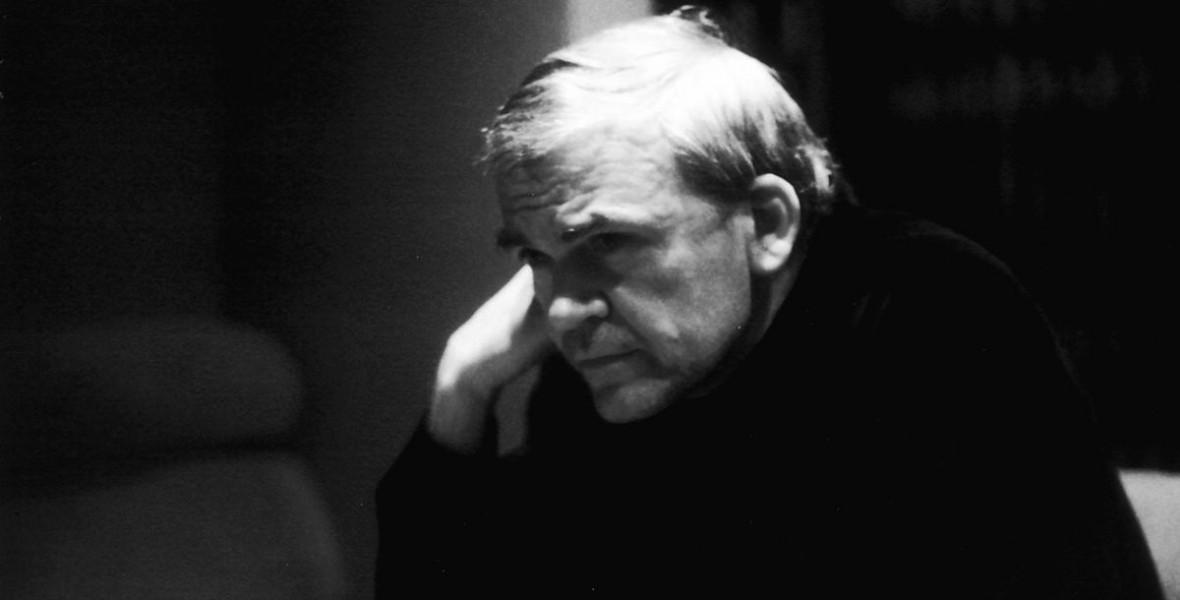 Kundera új életrajza olyan nagy siker lett, hogy jön a folytatása